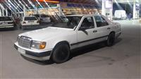 Shes veturen mercedes 200 dizell 1.9 viti 1986