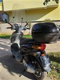 Skuter piagio 125 cc i doganuar