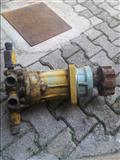 Pumpa hidraulike 100 euro