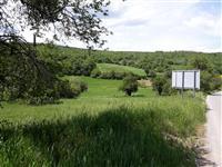SHITEN 20 hektare TOKE RRETH RRUGES SE ASFALTUAR