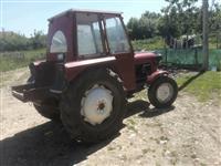 Shese traktor Fergusan33
