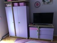 Dhoma per vajza