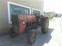 shitet traktori IMT 540