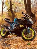 "Suzuki GSX-R1000 K7 ""GIXXER"" --nderrohet me vetur"