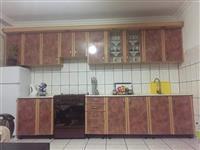 Kuzhina edhe komoda