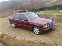 she's Mercedes 190 automatik meklim viti 93