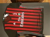 Fanela e AC Milan original