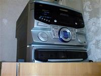 Radio tip sharp me dy kaseta,tri cd,+fm stereo.
