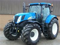 Traktor 2011 New Holland 7050