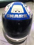 Helmeta Firmes njohur SHARK org