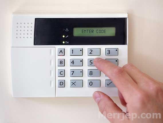 Sisteme-të-kamerave-dhe-alarmeve-të-sigurisë