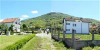 Dy Shtepi, secili me 10 ari toke ne Prizren