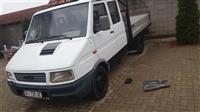 Iveco 35-10 turbo dailly dupell kabin. Hidraulik