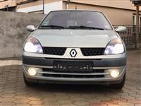 U shit Renault Clio 1.2 16V  *Automatic*