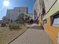 Lokal 30m2 neto në shitje në Bregun e Diellit.