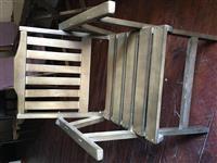 Karrige, set me karrige, tavolina