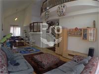 Shtëpi 350m2 në shitje në Veternik.