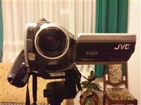 Videokamera digjitale JVC