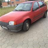 Opel Kadett 1.7 -88