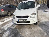Shes veturen Opel Agila 1.0 Benzin