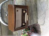 Radio e vjeter antike