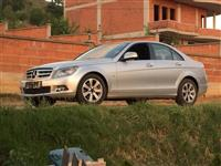 Shes mercedes 220 c