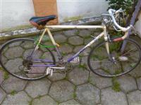 Bicikell terkaqki (sport per gara) tourer