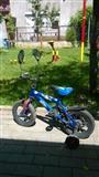 Bicikleta dhe auto per femij