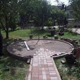 rregulimi i kopshtit me kubza
