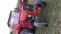 Traktor 560