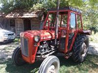 Traktori 539