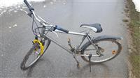 Shitet Bicikleta ose Ndrrohet me Tel apo  Llaptop