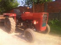 Traktor Prokolice Kose Grebuje