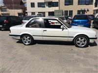 BMW E30 shitet