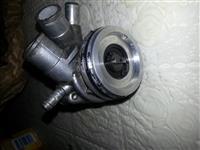 Shitet pumpa e ujt per ktm prej 550cc dej 660 cc l