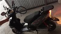 Shes skuterin 50cc 2013
