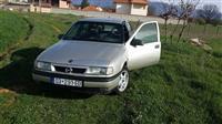 Opel Vectra -89