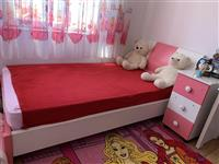 Dhomë gjumi për fëmijë/vajzë