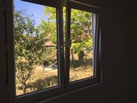 Dritare dere e hyrjes