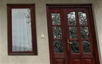 Dyer e dritare nga druri