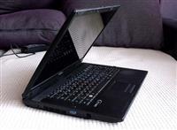 shitet laptopi ne gjendje shum te mir me garancion