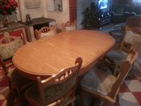 Tavolin buke me 6 karrika