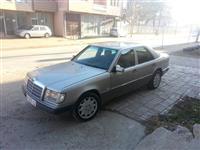 Mercedes-Benz 300 1vit regjistrim