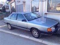 Audi 100 urgjent