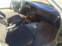 Mercedesh 190 dizell 2.0