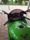 Motor kawasaki ninja zx-9r