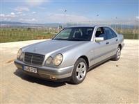 Mercedes E  200 CLASIC
