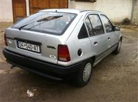 Opel Kadett benzin
