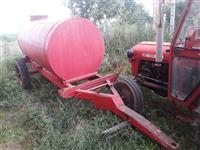 Shitet cisterna per uje, 3 mijë litra, 550 euro