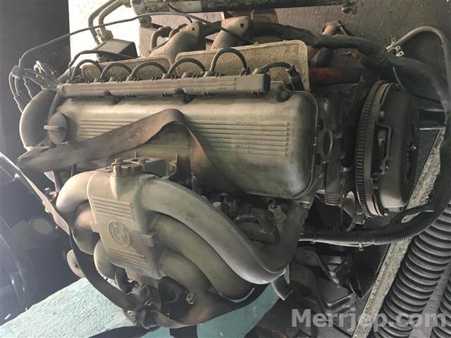 Motor-BMW-E30-3251